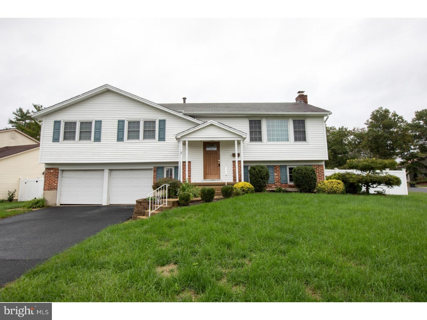 Single Family Home for Sale at 200 ORCHARD Avenue Somerdale, New Jersey 08083 United States