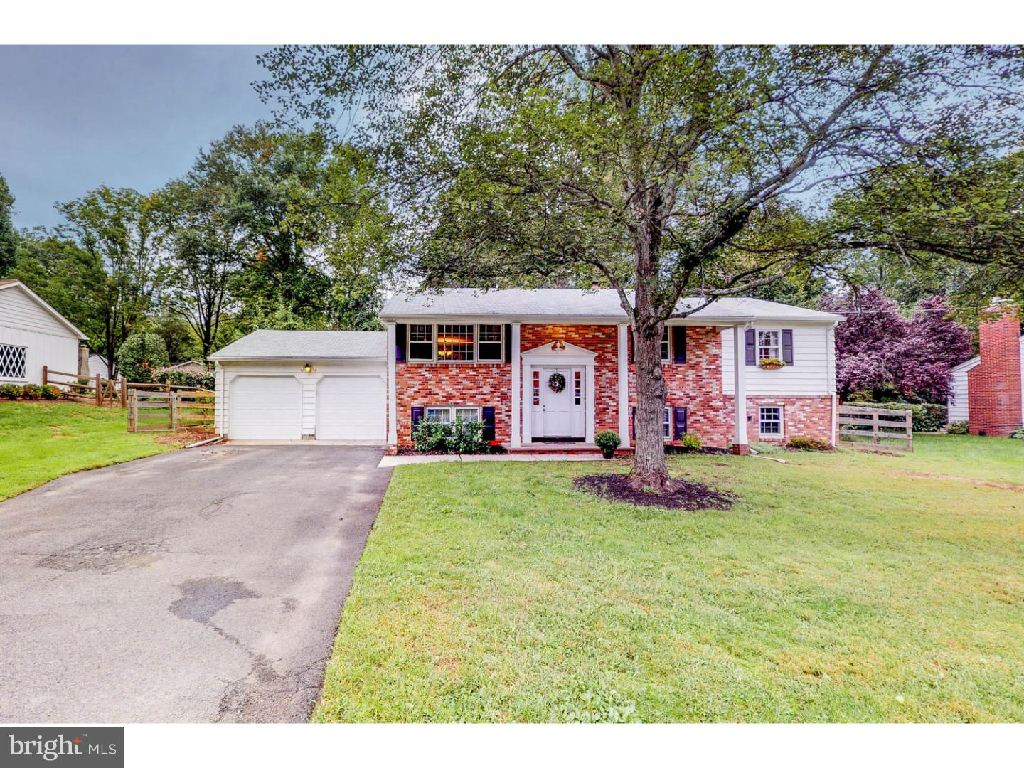 Single Family Home for Sale at 6 PENLAW Road Lawrenceville, New Jersey 08648 United StatesMunicipality: Lawrence Township