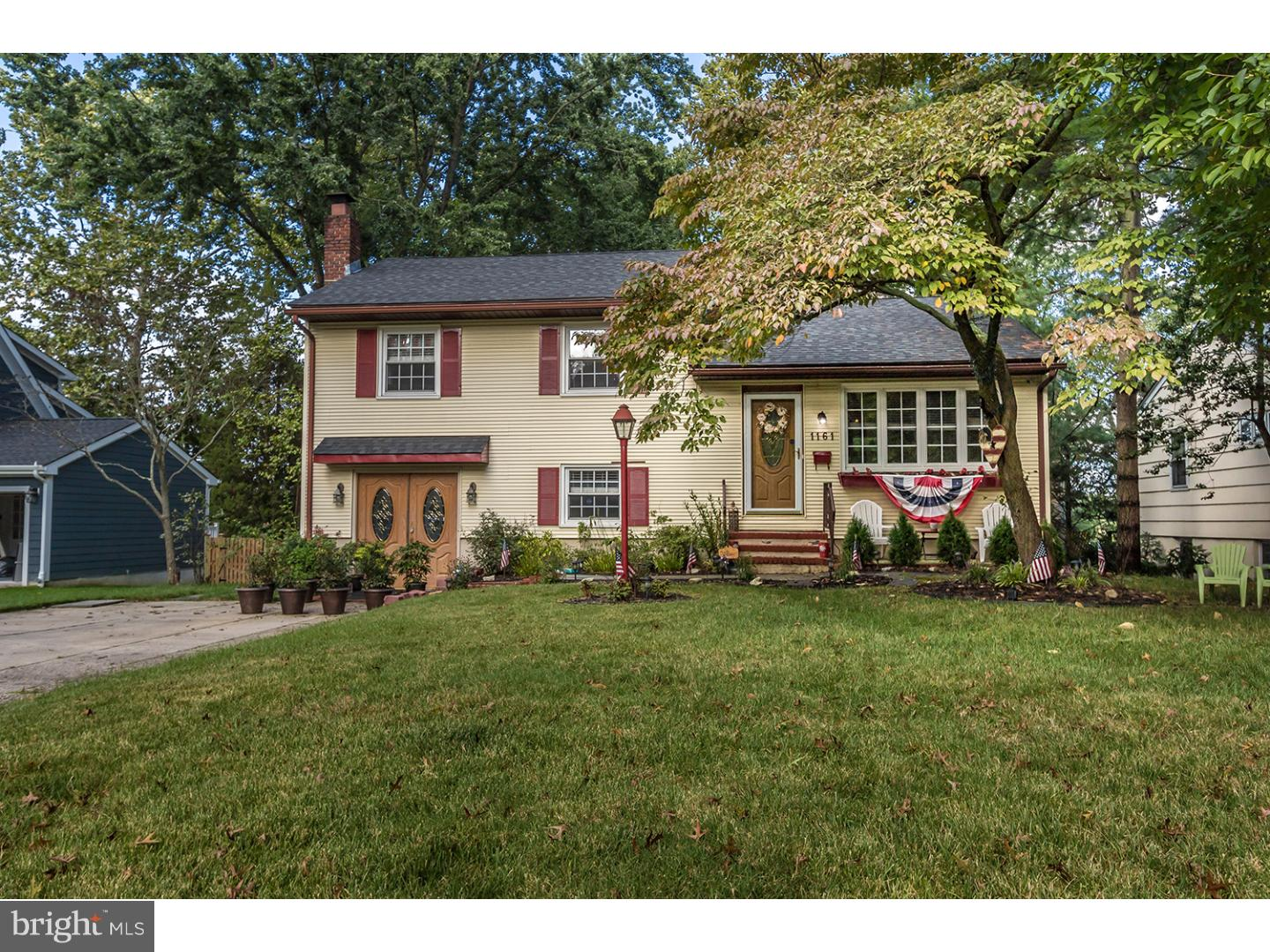 Photo of home for sale at 1161 Concord Drive, Haddonfield NJ