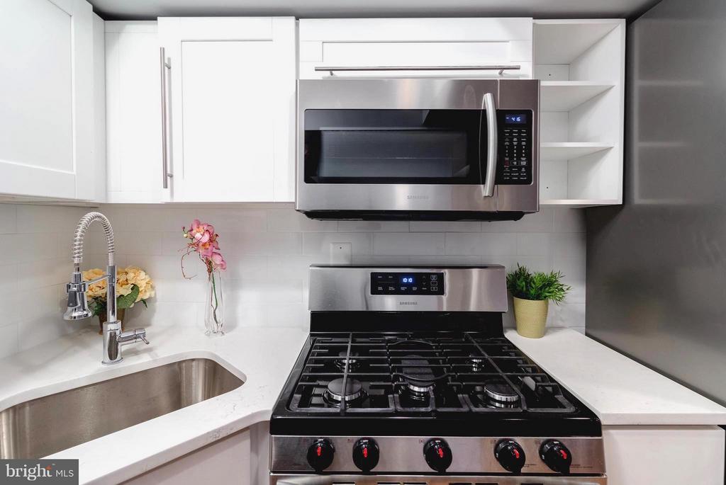 Efficient Basement Kitchen - 225 BRYANT ST NE, WASHINGTON