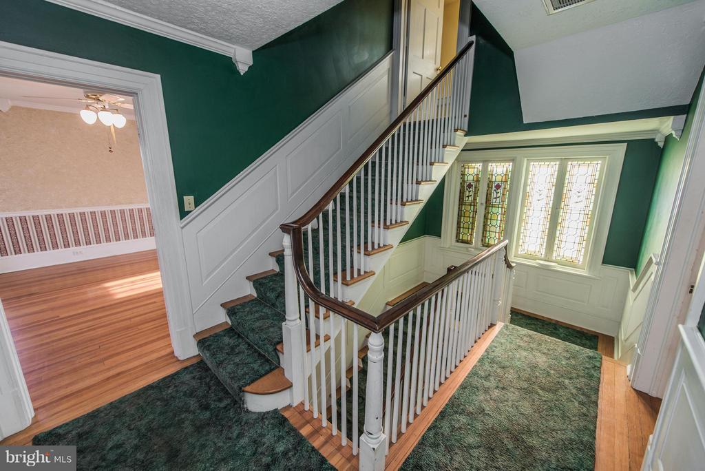 Second Floor Landing And Stair Case To 3rd Floor - 909 W KING ST, MARTINSBURG