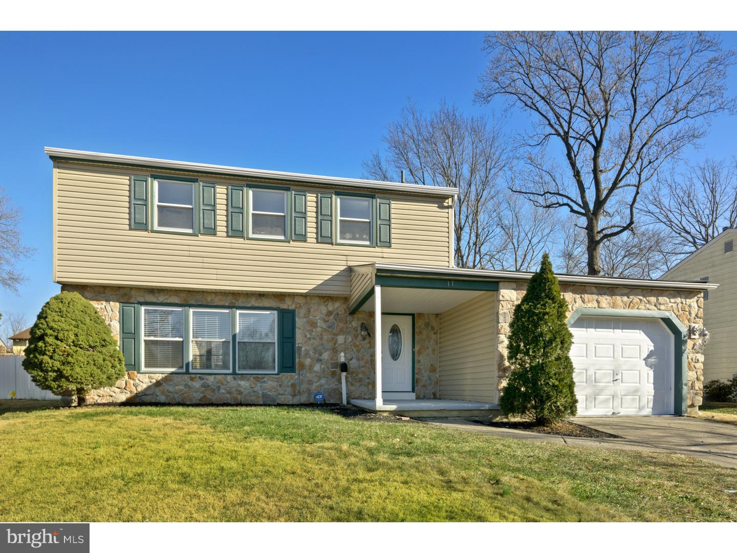 Single Family Home for Sale at 11 GRANT Drive Clementon, New Jersey 08021 United States