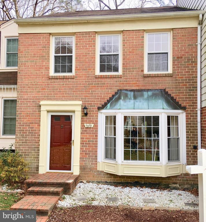 Burke Homes for Sale -  Townhome,  6329  BUFFIE COURT