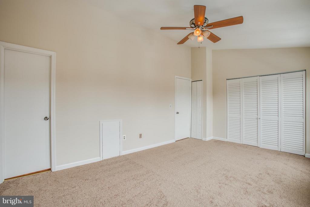 Master bedroom - 10600 GRETA LYNN CT, FREDERICKSBURG