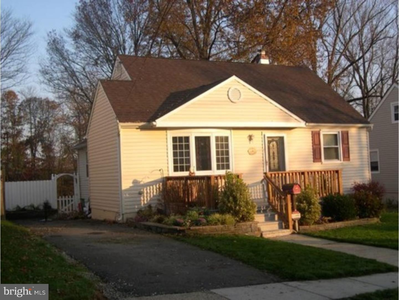 Частный односемейный дом для того Продажа на 27 E 11TH Avenue Runnemede, Нью-Джерси 08078 Соединенные Штаты