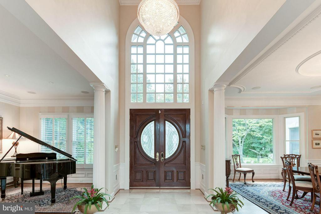 Foyer / Entry - 4601 NEPTUNE DR, ALEXANDRIA