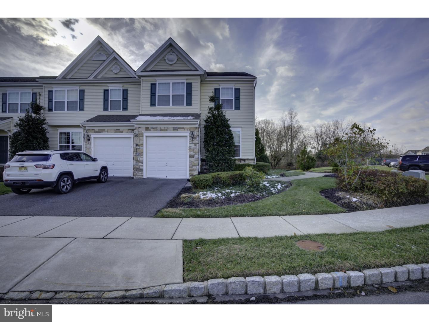 Photo of home for sale at 2601 Exposition Drive, Williamstown NJ