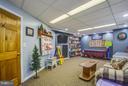 Bonus room/kids playroom/6th bedroom - 7411 SNOW HILL DR, SPOTSYLVANIA