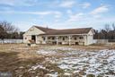 36x48 Fully equipped barn/hay loft - 7411 SNOW HILL DR, SPOTSYLVANIA