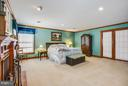 Lots of closet space/ sitting area - 7411 SNOW HILL DR, SPOTSYLVANIA