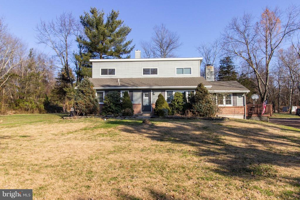 458 GAME FARM RD, Schwenksville PA 19473