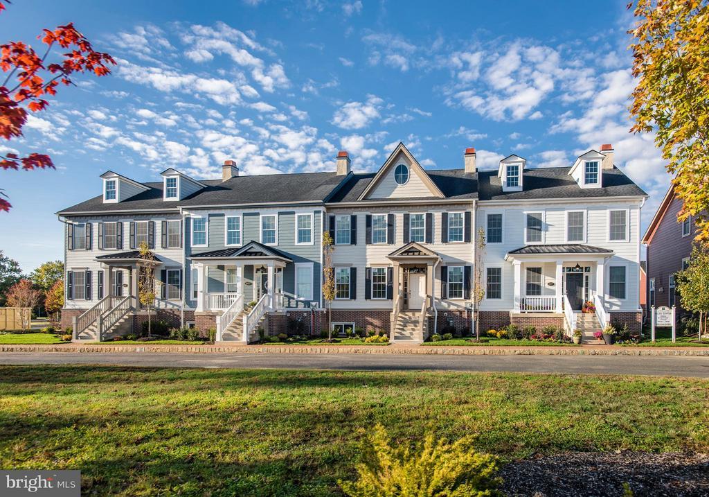 1834  WINDFLOWER LANE, Yardley, Pennsylvania