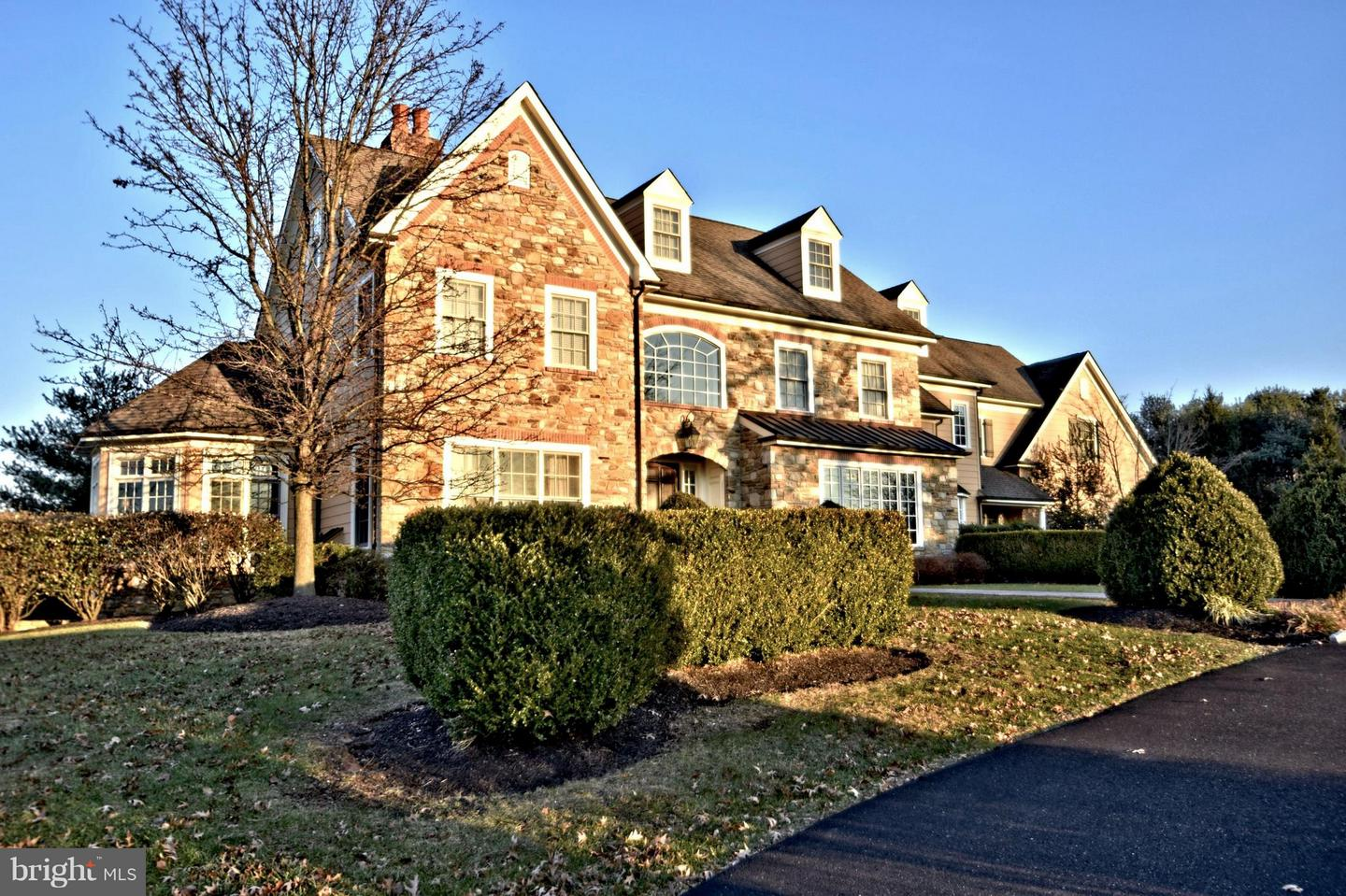 Single Family Home for Sale at 2 OLD CABIN Road Newtown, Pennsylvania 18940 United States