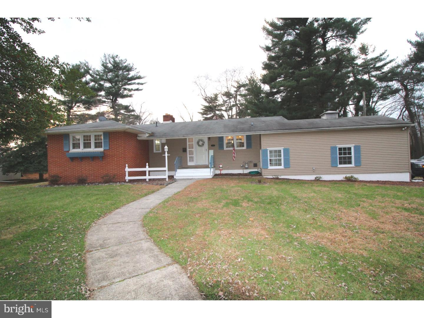 Single Family Home for Sale at 157 BACCHUS Avenue Gibbstown, New Jersey 08027 United States