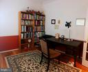 First level library - 14352 NORTHBROOK LN, GAINESVILLE
