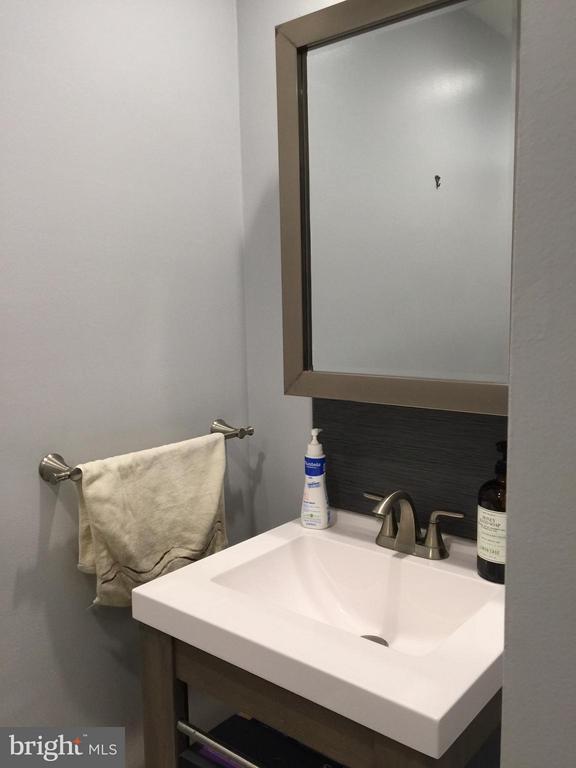Newer Vanity and Mirror - 1664 PARKCREST CIR #300, RESTON