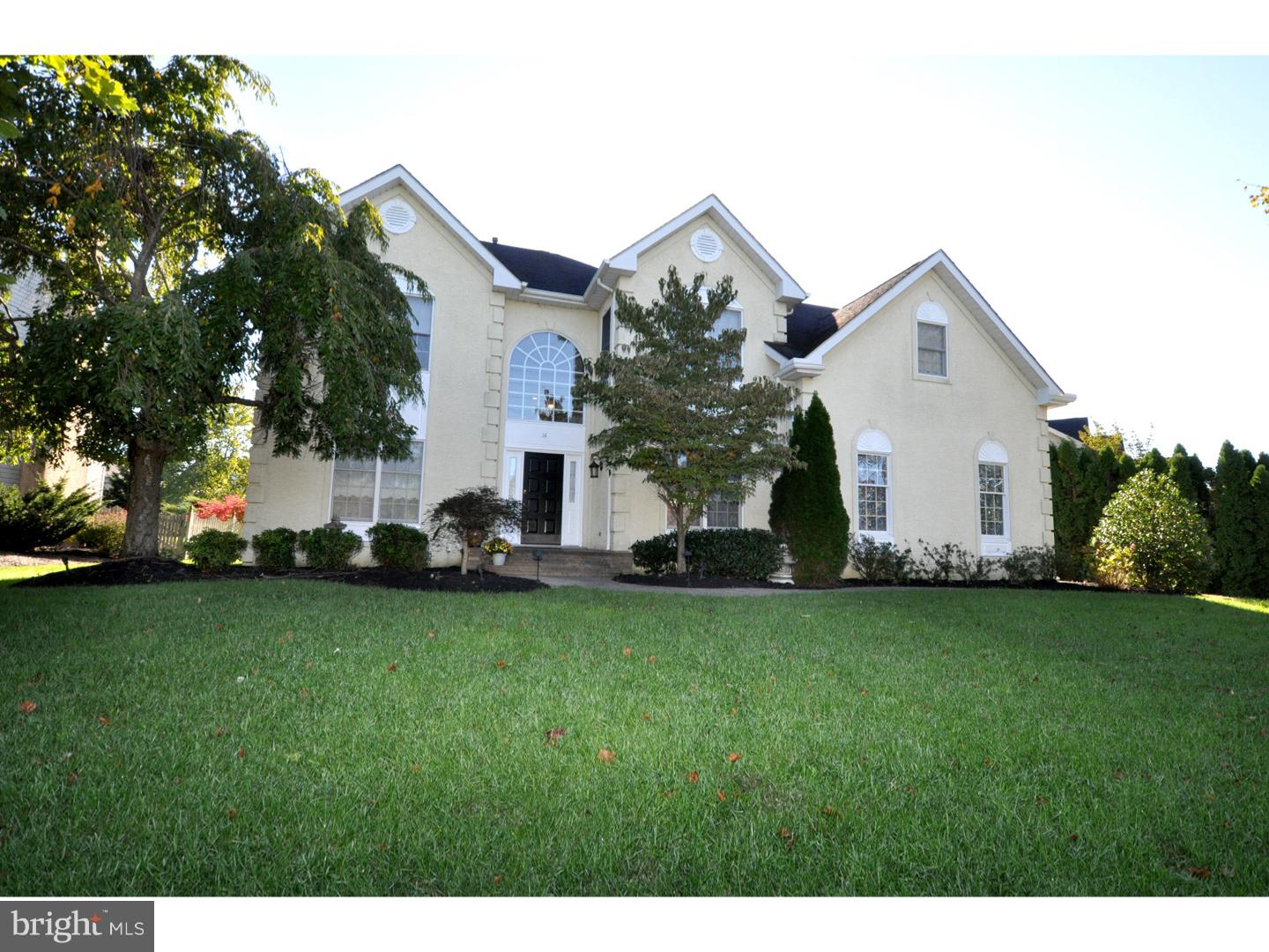 Photo of home for sale at 14 Apple Orchard Road, Moorestown NJ