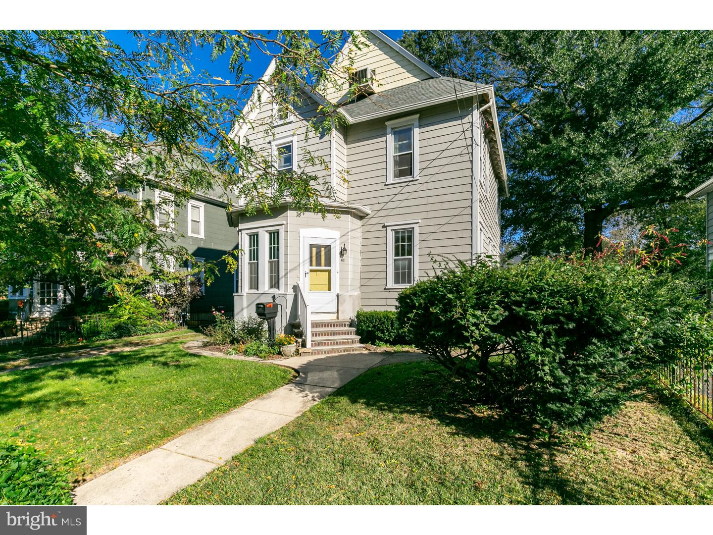 Photo of home for sale at 310 Lees Avenue, Collingswood NJ