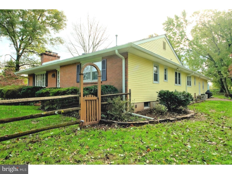 独户住宅 为 销售 在 1 FABROW Drive 泰特斯维尔, 新泽西州 08560 美国