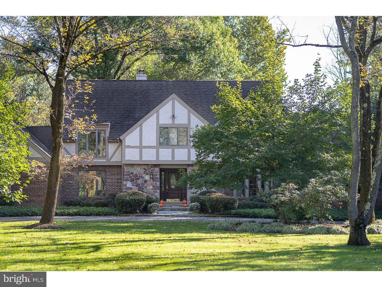 Casa para uma família para Venda às 11 APPLEWOOD Drive Hopewell, Nova Jersey 08525 Estados UnidosEm/Em torno de: Hopewell Township