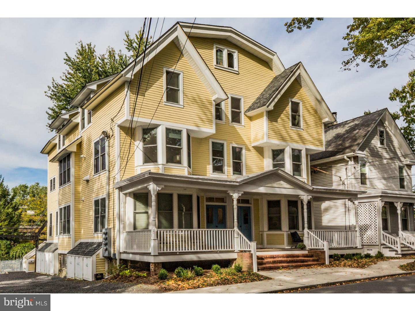 Photo of home for sale at 44 Park Place, Princeton NJ