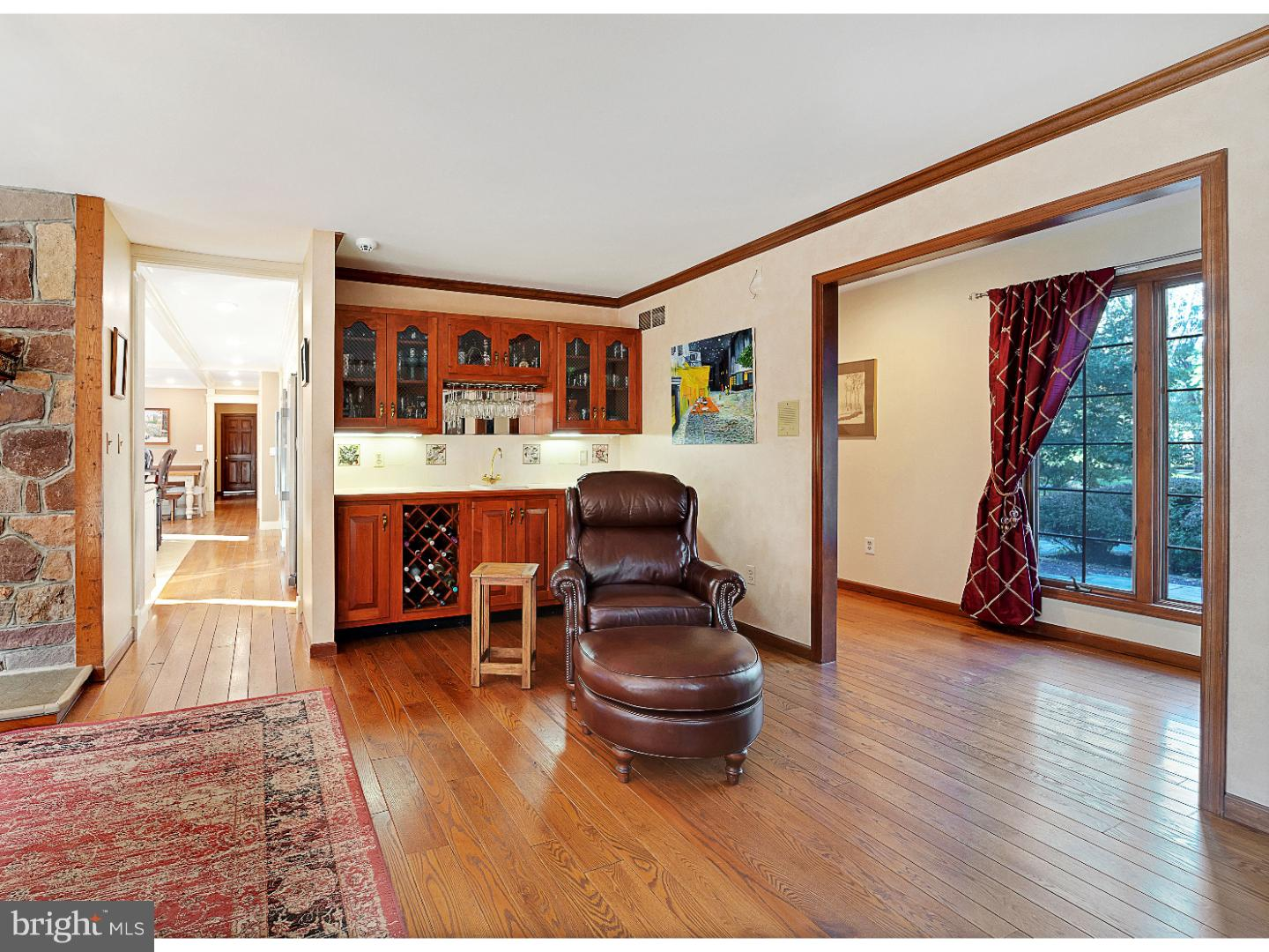 Additional photo for property listing at 11 APPLEWOOD Drive  Hopewell, New Jersey 08525 United States