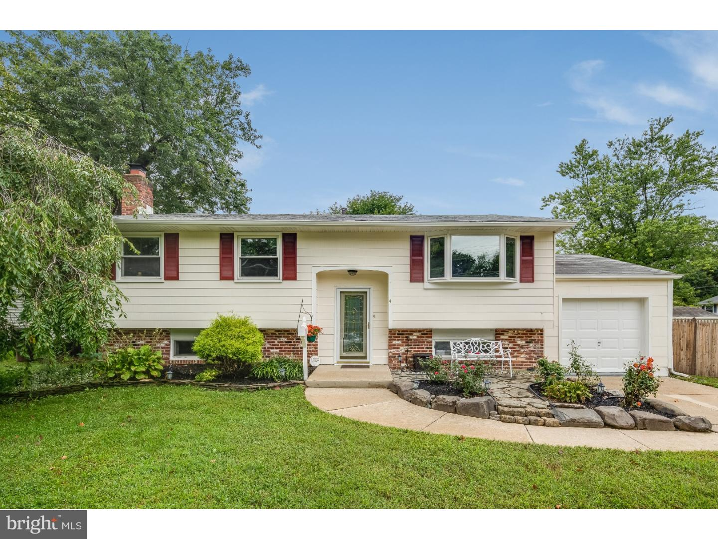 Single Family Home for Sale at 4 BRUCE Drive Laurel Springs, New Jersey 08021 United States