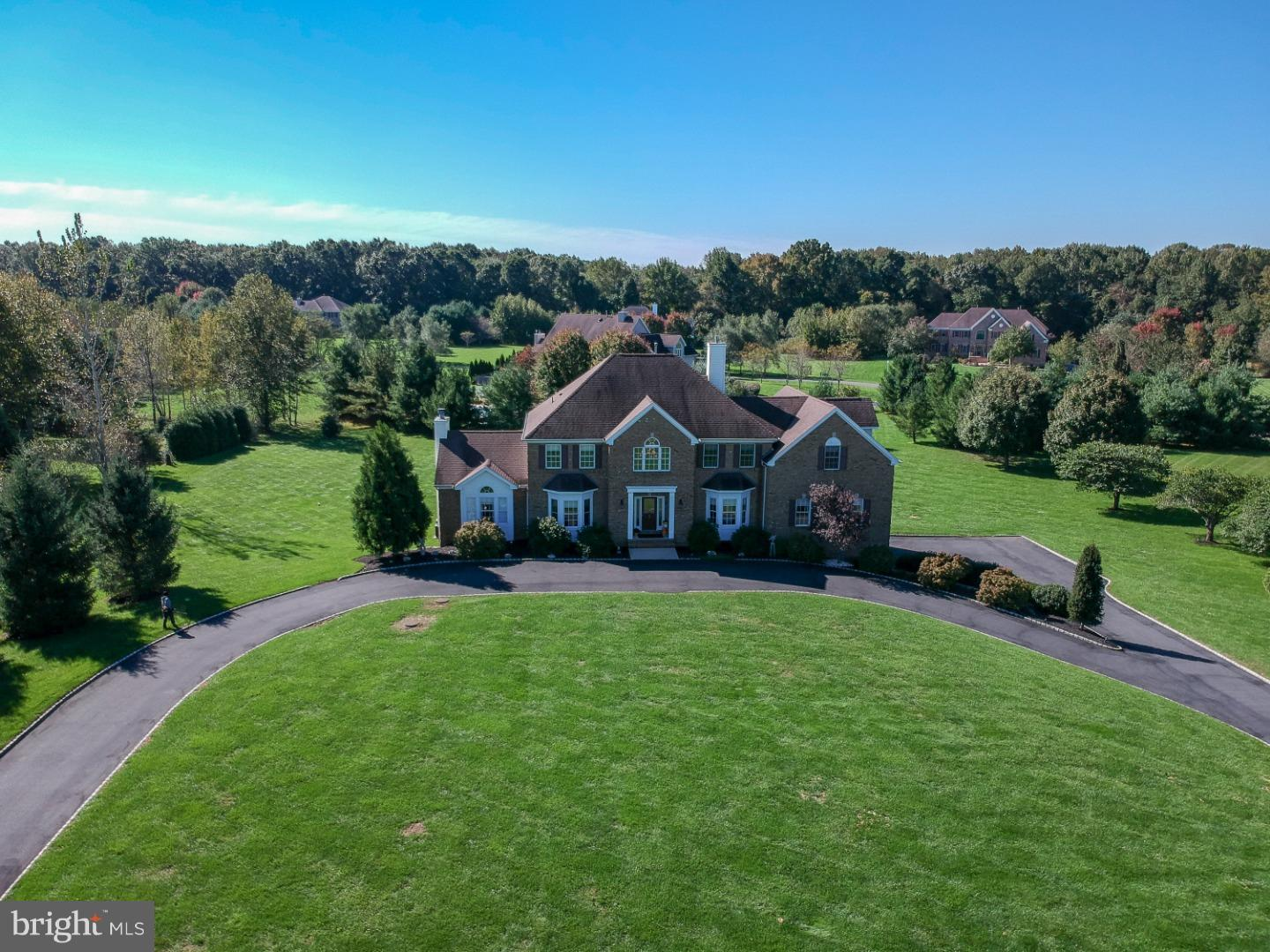 Photo of home for sale at 235 Meadowbrook Road, Robbinsville NJ