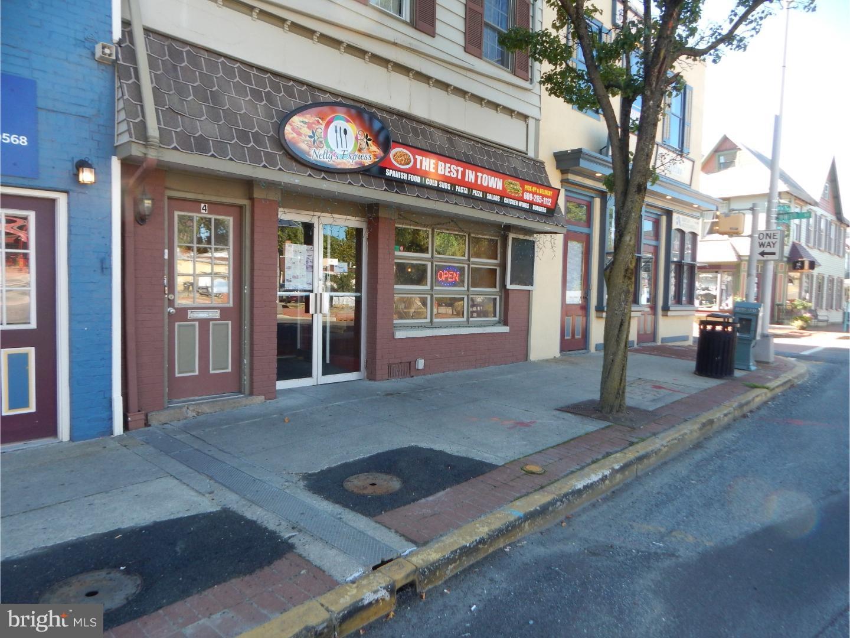 Property pour l Vente à Mount Holly, New Jersey 08060 États-Unis