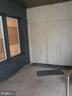 Enclosed porch unit 1 - 1314NE NE ORREN ST NE, WASHINGTON