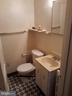 Bathroom unit 3 - 1314NE NE ORREN ST NE, WASHINGTON