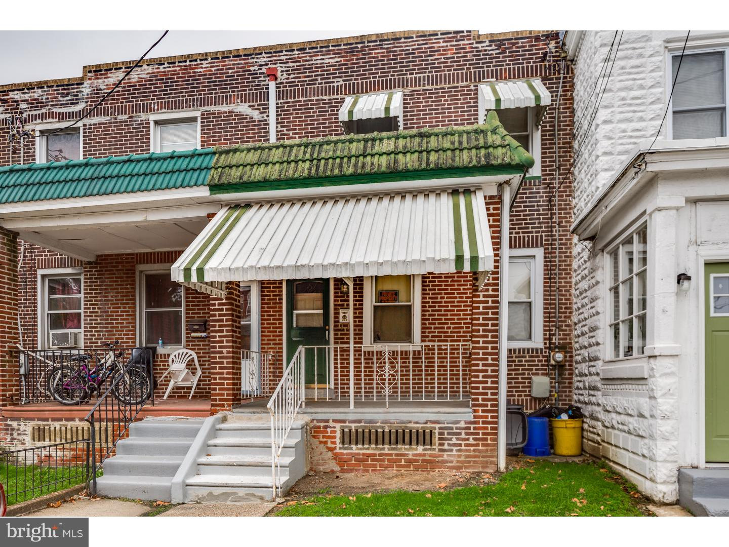 Single Family Home for Sale at 128 MAPLE Avenue Oaklyn, New Jersey 08107 United StatesMunicipality: Woodlynne