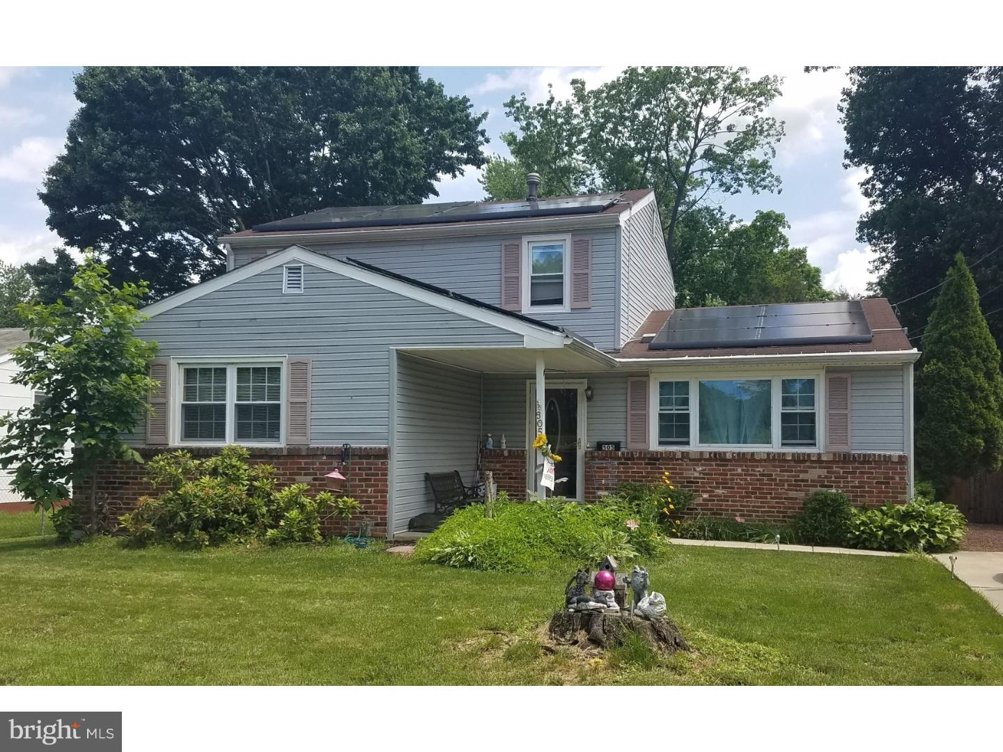 Single Family Home for Sale at 505 N ATLANTIC Avenue Stratford, New Jersey 08084 United States