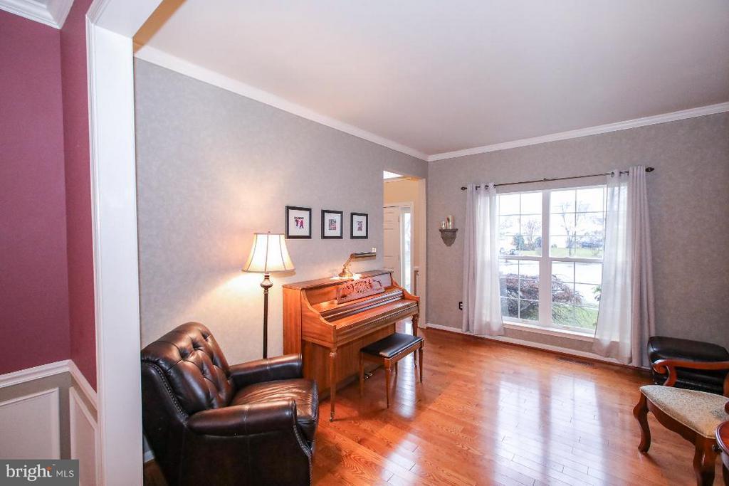 Formal Living Room - 109 LAKE VIEW WAY NW, LEESBURG