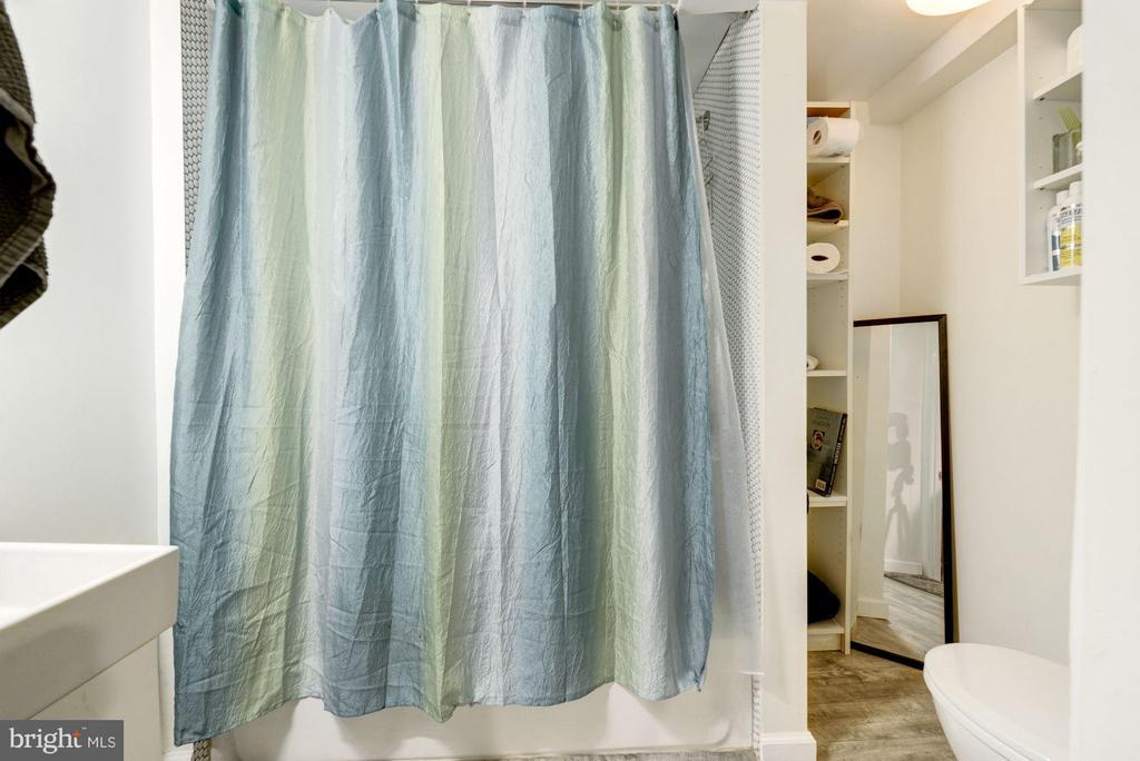 Basement Bathroom - 1905 MINNESOTA AVE SE, WASHINGTON