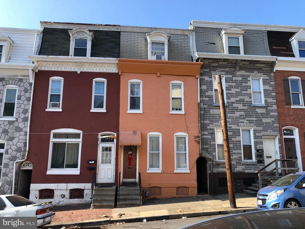 222 S 13TH ST, Reading PA 19602