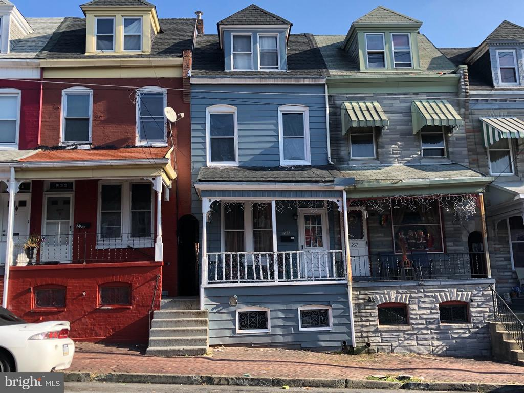 235 S 13TH ST, Reading PA 19602