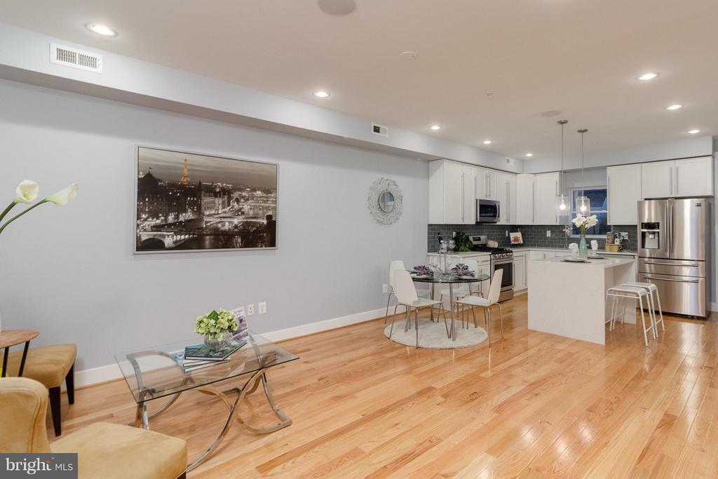 Open Floor Plan - 225 BRYANT ST NE, WASHINGTON