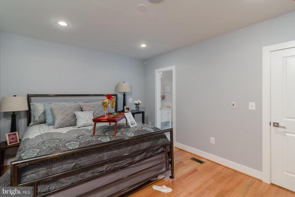 Master Bedroom - 225 BRYANT ST NE, WASHINGTON