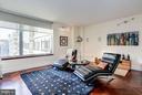 Sunlit Living Room w/ Courtyard Views - 1155 23RD ST NW #8J, WASHINGTON