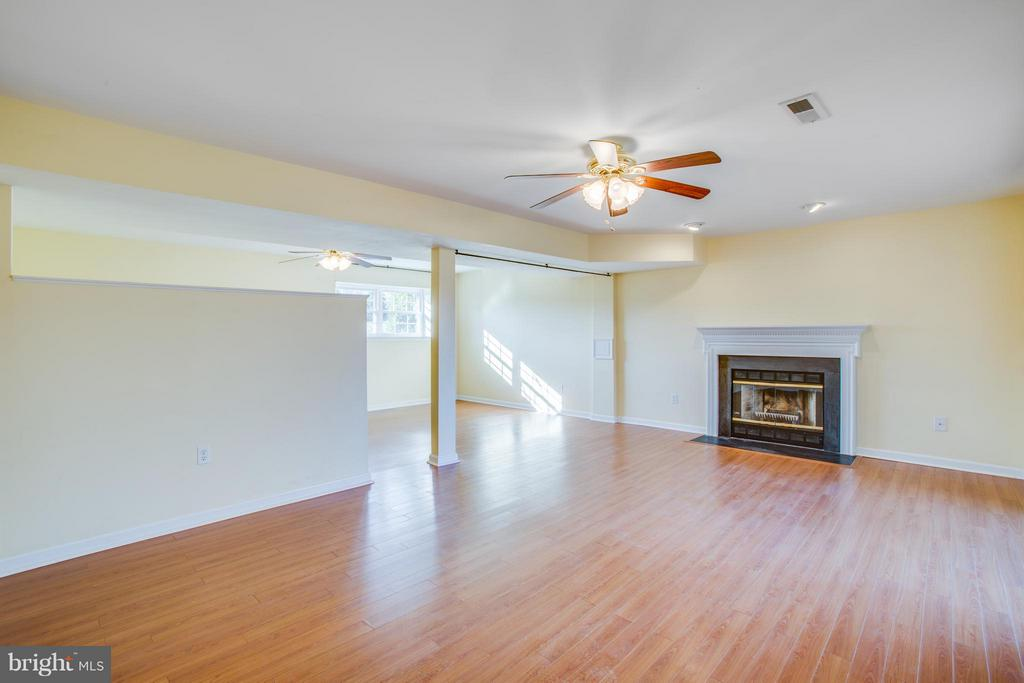 Fully finished Lower level with 2nd fireplace. - 79 CROWN MANOR DR, STAFFORD