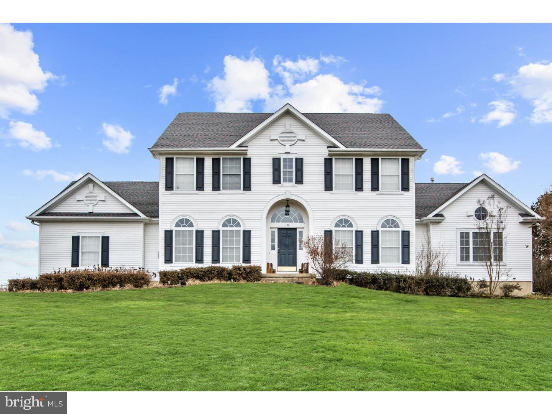 Частный односемейный дом для того Продажа на 175 HARRISONVILLE Road Mullica Hill, Нью-Джерси 08062 Соединенные ШтатыВ/Около: Harrison Township