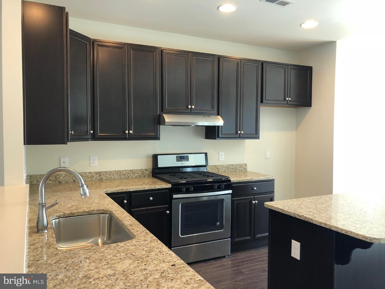Tek Ailelik Ev için Satış at 3461 NAAMANS DR #A15U Claymont, Delaware 19703 Amerika Birleşik Devletleri