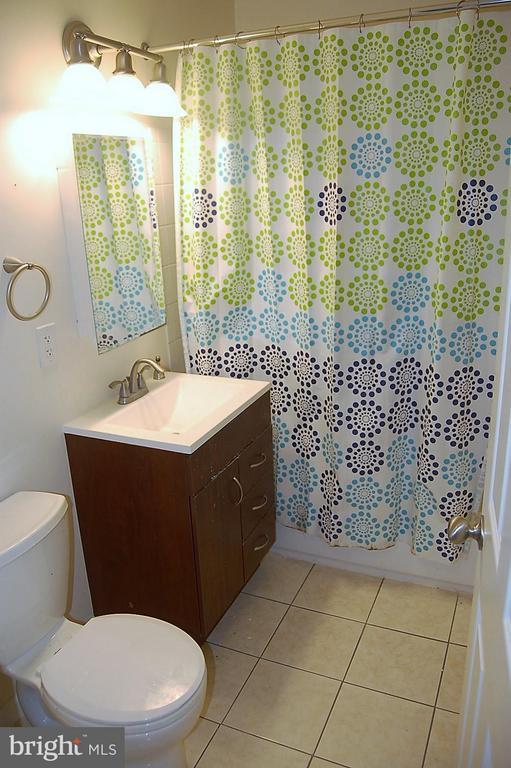 Bathroom - 17 - B WATER ST #23, GAITHERSBURG