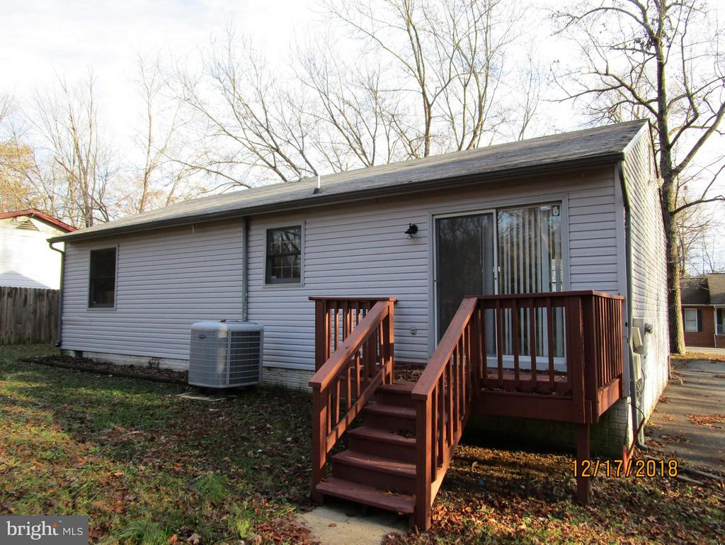 Back of house - 9808 LEAVELLS RD, FREDERICKSBURG