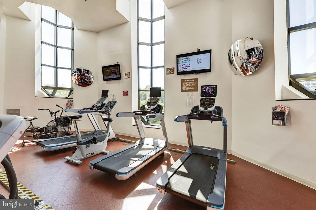 Fitness Center - 1600 N OAK ST #614, ARLINGTON