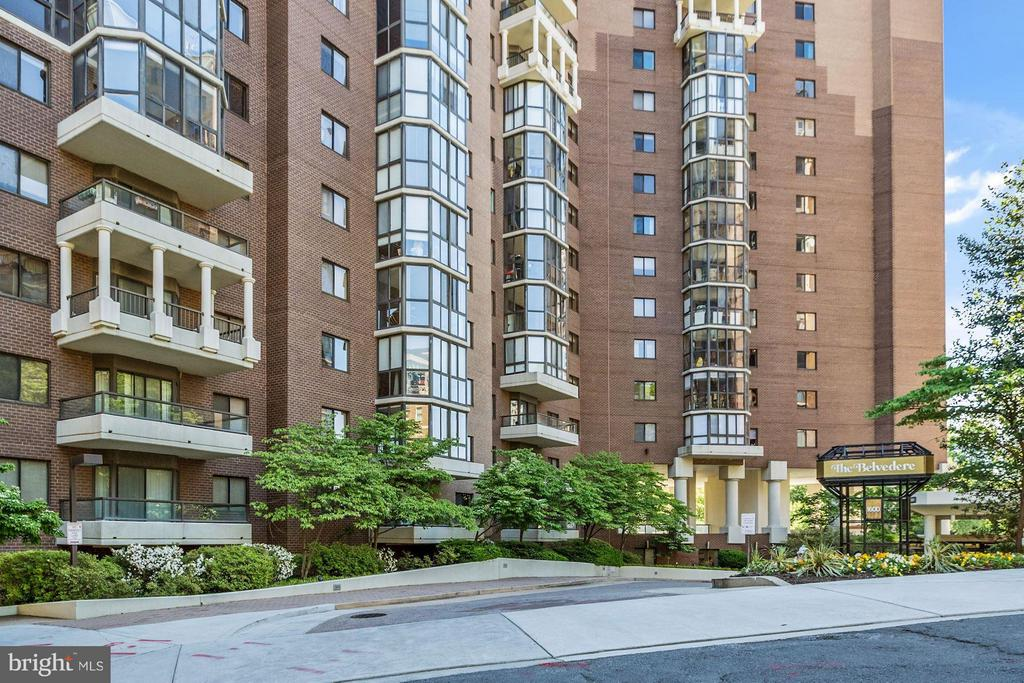 The Belvedere - 1600 N OAK ST #614, ARLINGTON
