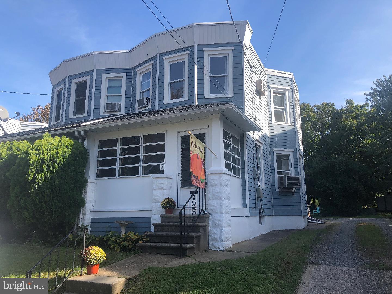 Частный односемейный дом для того Продажа на 18 E LAKEVIEW Avenue Oaklyn, Нью-Джерси 08107 Соединенные Штаты