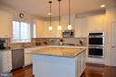 STAINLESS STEEL APPLIANCES & GRANITE COUNTERS - 15106 ADDISON LN, WOODBRIDGE
