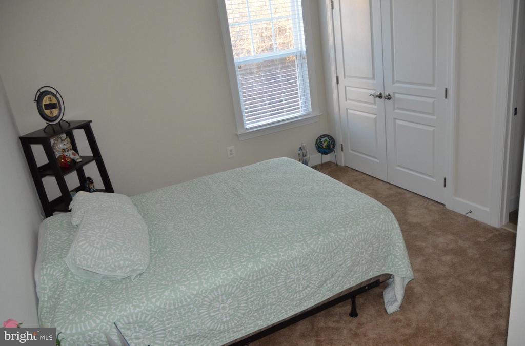 BEDROOM #2 - 15106 ADDISON LN, WOODBRIDGE